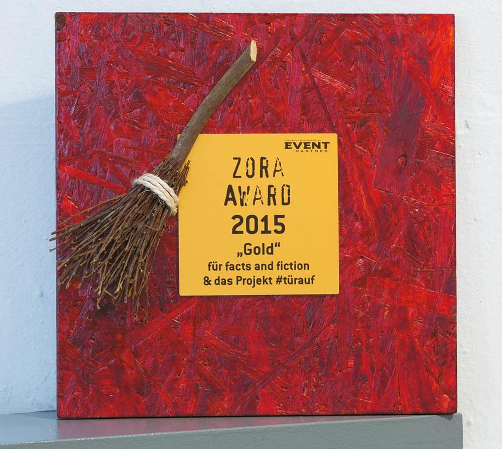 Der Zora Award in Gold