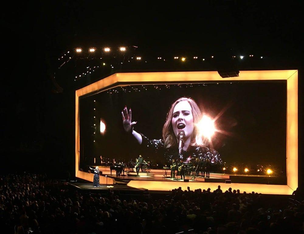 Adeles Live 2016 World Tour