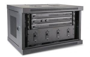 Die neuen Bose PowerShare Leistungsverstärker mit passenden ControlCenter Zone Controllers.