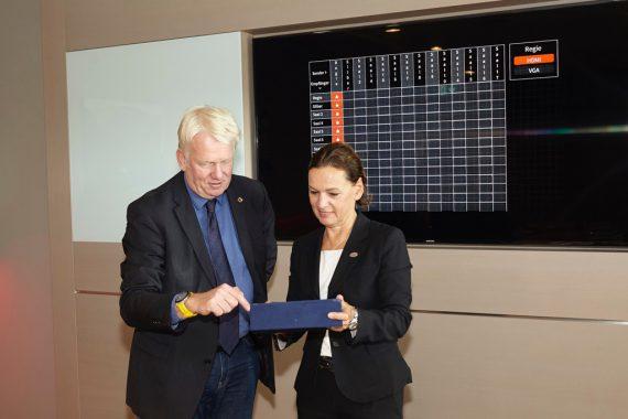 Dortmunds Oberbürgermeister Ullrich Sierau und Sabine Loos, Hauptgeschäftsführerin der Westfalenhallen Dortmund GmbH