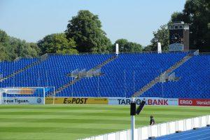 Eps: freie Sicht von der Tribüne beim DFB Pokal Jena 2016