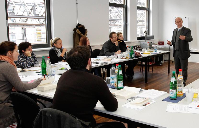 Seminar beim Studieninstitut für Kommunikation