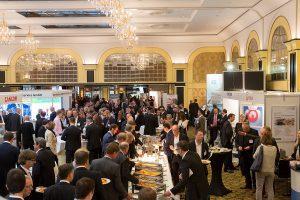 DEUTSCHLAND, BERLIN, 18.11.2015, Deutscher Handelskongress und Kongressmesse Retail World im Maritim Hotel