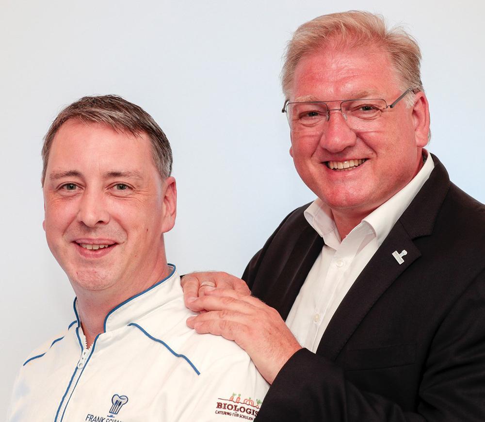 Mit Markus Dworaczek (l.) hat Frank Schwarz (r.) jetzt einen engagierten und ambitionierten Küchenchef verpflichtet.