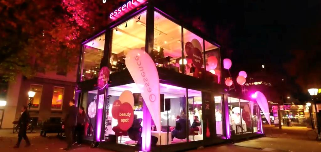 Cramo Adapteo Pop-up-Beauty Store für die Marke Essence