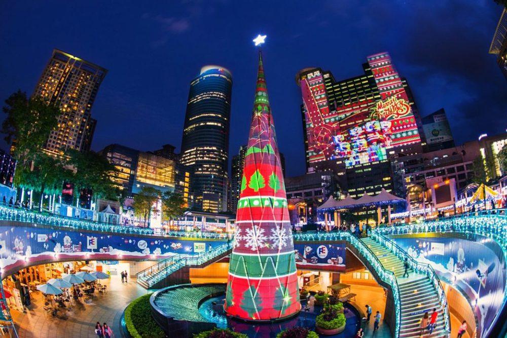 Projection Mapping von Christie im Christmasland