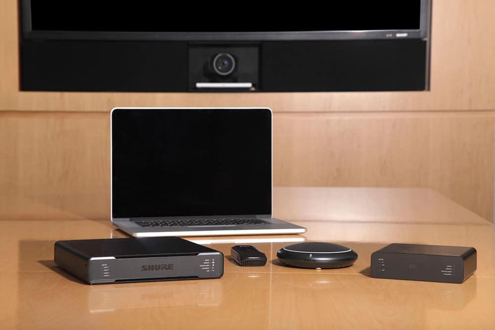 Shure P300 Intelli Mix Audio Conferencing Processor, ANIUSB-MATRIX und ANI22 Audio Network Interfaces