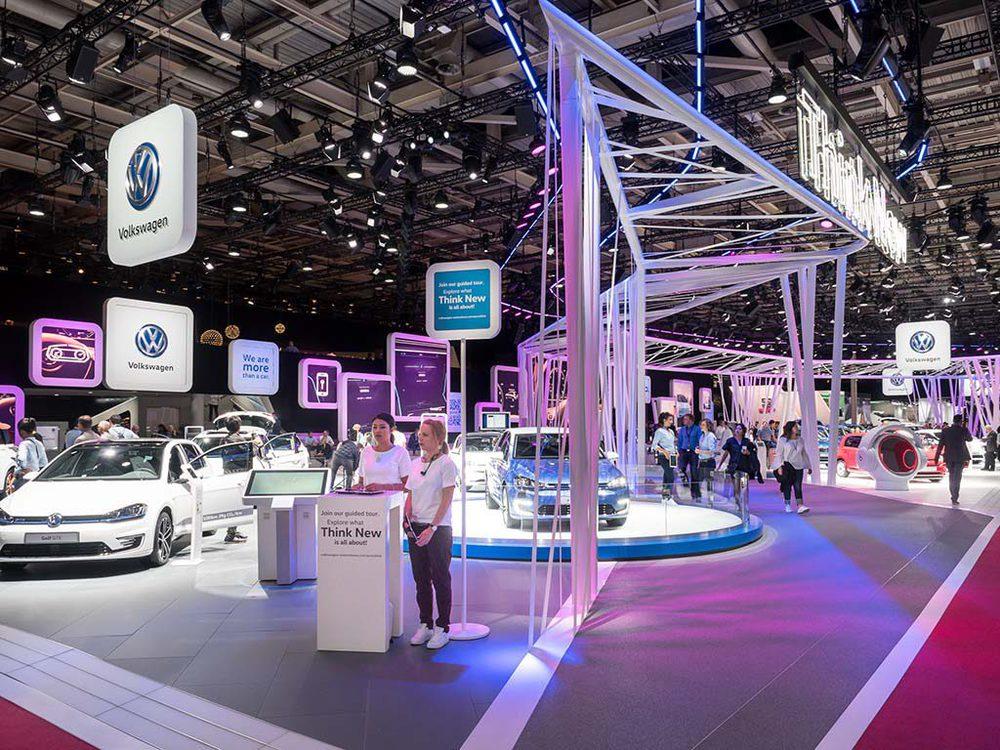 VW Stand beim Pariser Autosalon