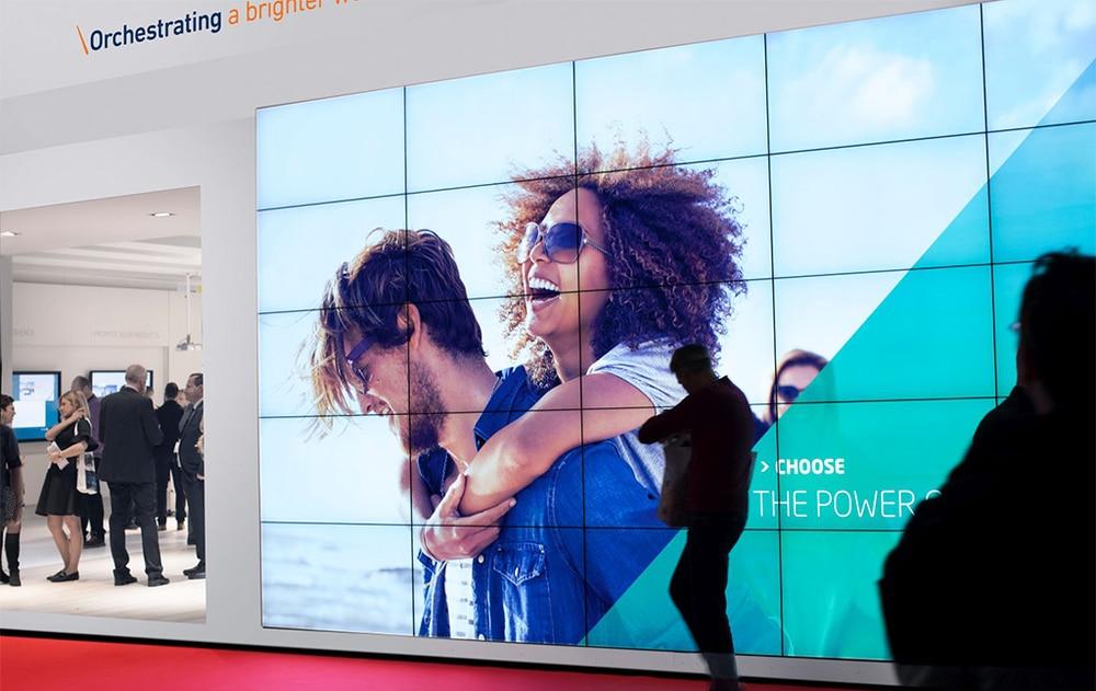 Display mit Content-Zuspielung