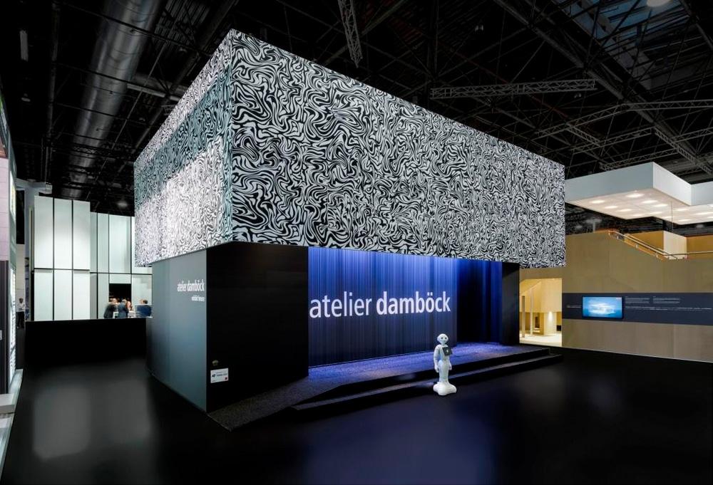 Der Messestand von Atelier Damböck auf der Euro Shop 2017