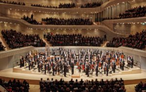 Elbphilharmonie streamt mit Exterity und Perfect Media Solutions
