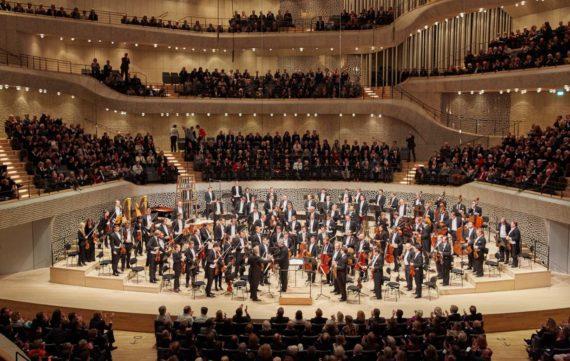 Elbphilharmonie streamt mit Exterity und Perfect Media Solutions