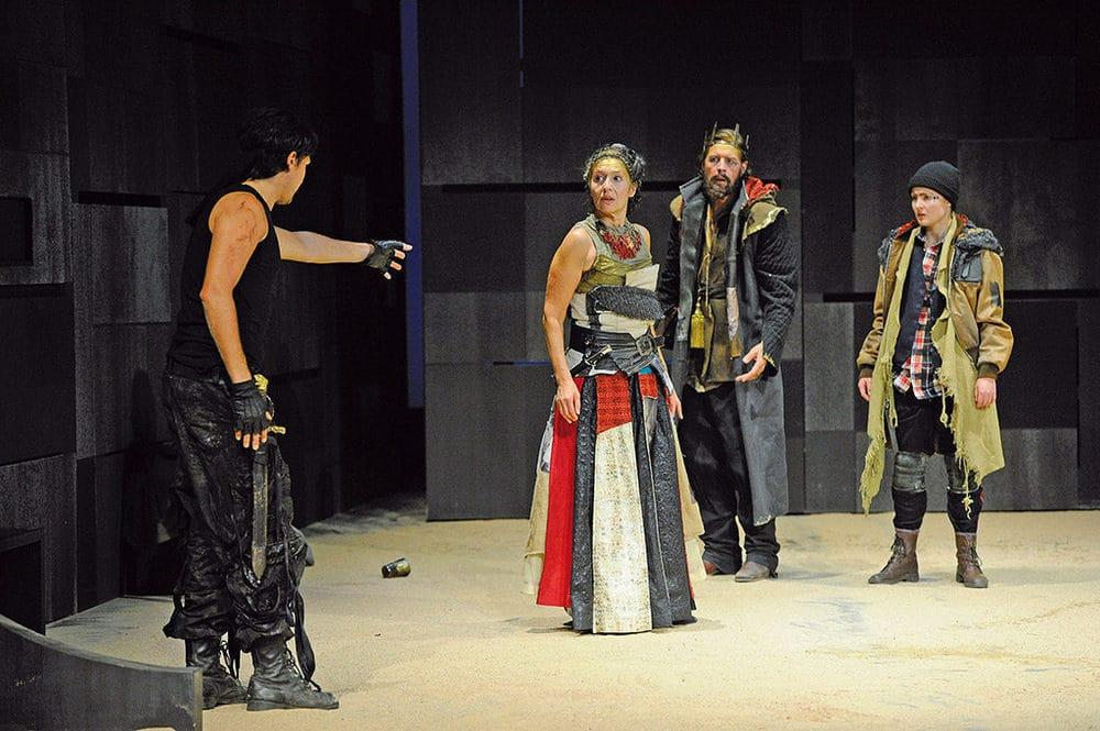 Aufführung im E.T.A. Hoffmann Theater in Bamberg