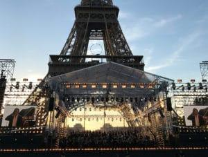 Concert de Paris am Eifelturm