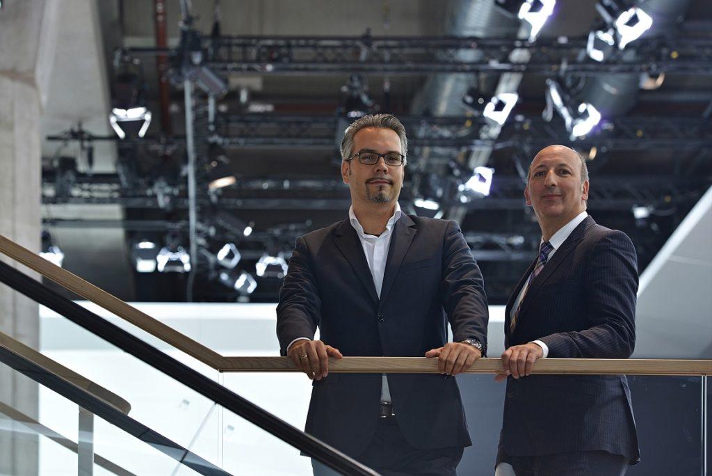 Niko Hocke (l.) und Thomas Hoffmann (r.), Geschäftsführer der macomNIYU GmbH