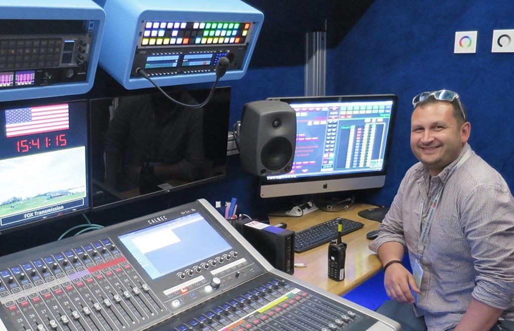 Simon Foster, Telegenic