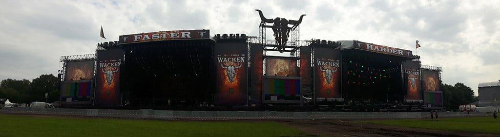 Wacken Open Air mit Bühnen von Stageco