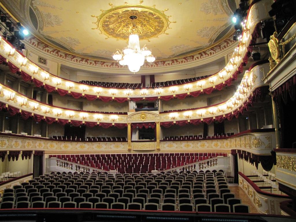 Zuschauersaal des Maly-Theaters Moskau