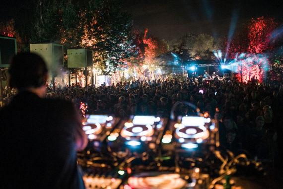 Gahrens + Battermann unterstützten das Fuchsbau Festival 2017 mit passender Technik