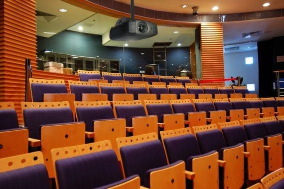 PJR250: Projektorhalterung für große Veranstaltungsräume