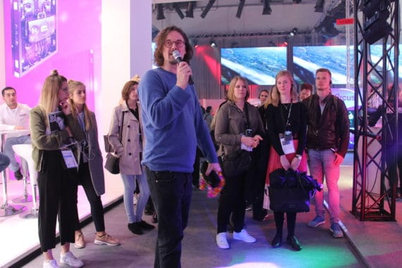 EVENT PARTNER Guided Tour auf der Prolight + Sound mit Tour Guide JoJo Tillmann