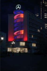 Zur Luminale 2018 wird das Juniorhaus in Frankfurt von einer ortsspezifischen Lichtinstallation in Szene gesetzt.