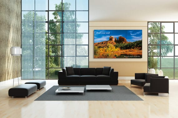 Die neuen Digital-Signage-Lösungen von Sharp eignen sich auch für den einsatz in Hotel-Lobbys.