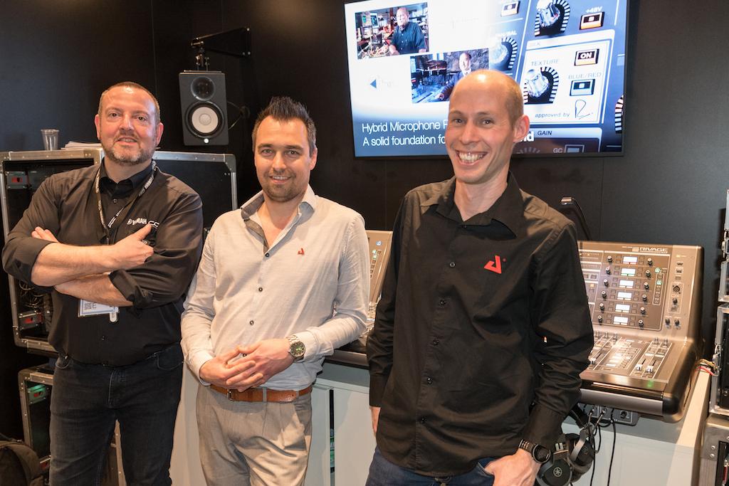 L-R Stef de Pooter (Yamaha), Piet Verstraete und Koen Conaerts (AED Rent)