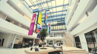Sonderanfertigungen von Ledcon in der Microsoft Deutschland Zentrale