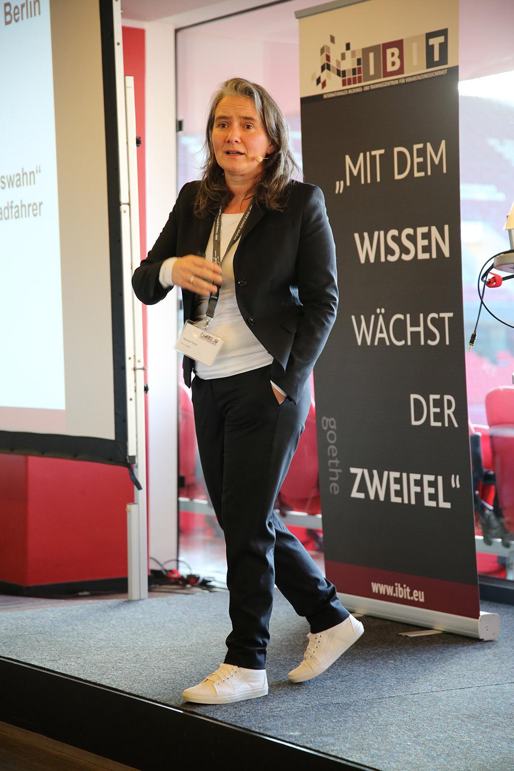 Sabine Funk, Geschäftsführerin der IBIT GmbH