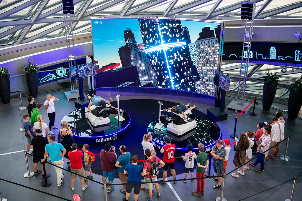 Drone Race League in der BMW Welt