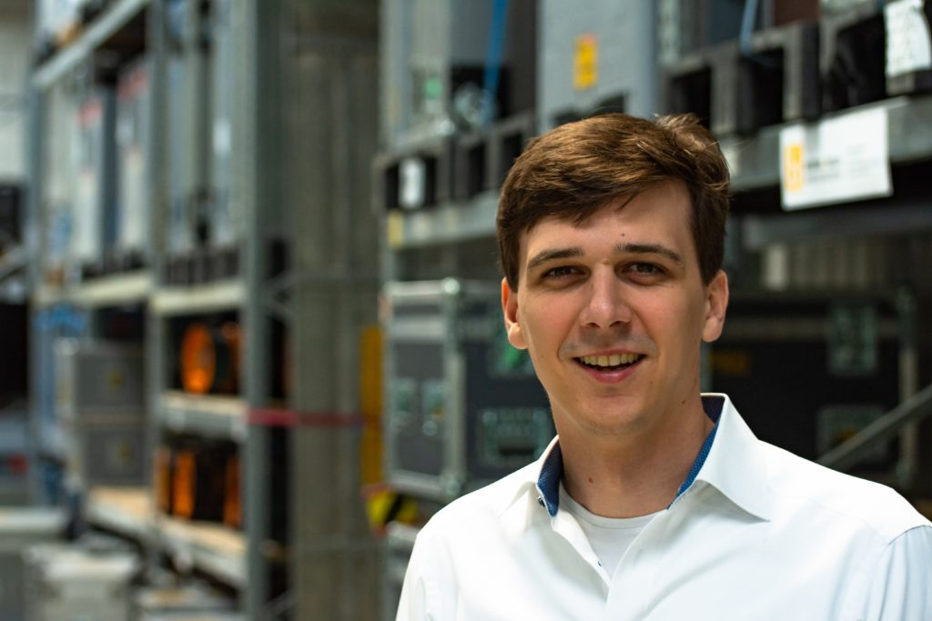 Christoph Rupieper, dritter Geschäftsführer der Firma Neumann und Müller Veranstaltungstechnik