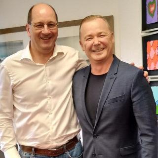 Kay Grätsch (li.), Gründer und Chef der Video Data Gruppe und Ralf P. Pfeffer (re.), CEO der Teltec AG