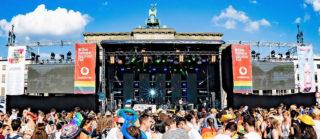 Bühne beim Christopher Street Day 2018 in Berlin