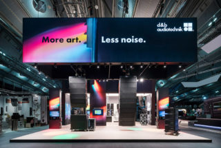 Messestand von d&b audiotechnik