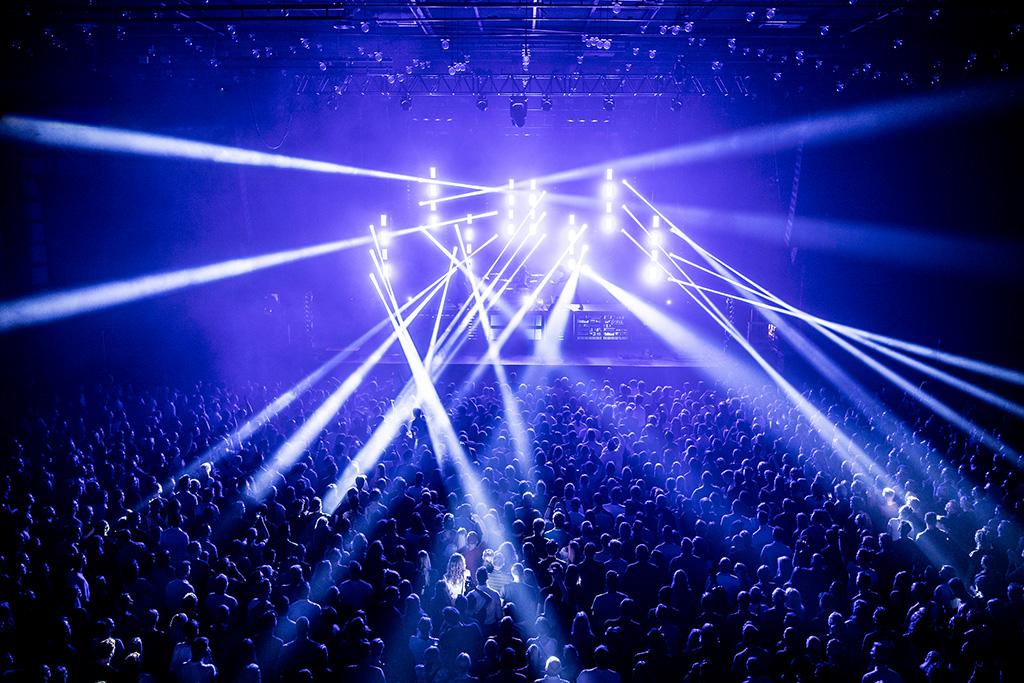 Ares und Orion von CLF Lighting bei der Saveus Arena-Tour 2019