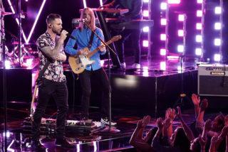 """Adam Levine von Maroon 5 auf der Bühne von """"The Voice"""""""