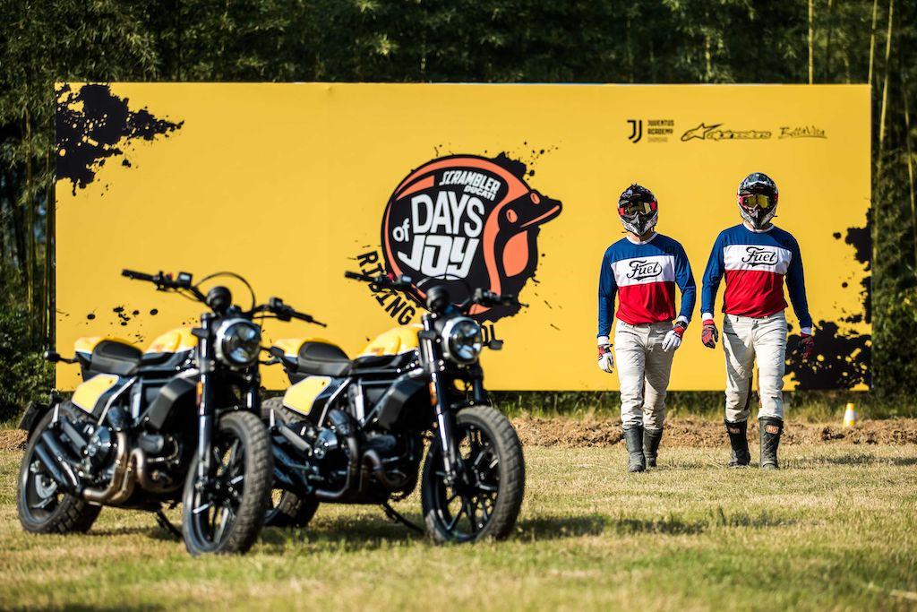 Ducati Scrambler Riding School in Asien
