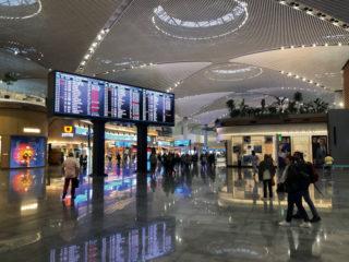 Displays für Informationsanzeigen am neuen Flughafen Istanbul
