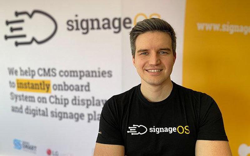 Stan Richter, signage OS