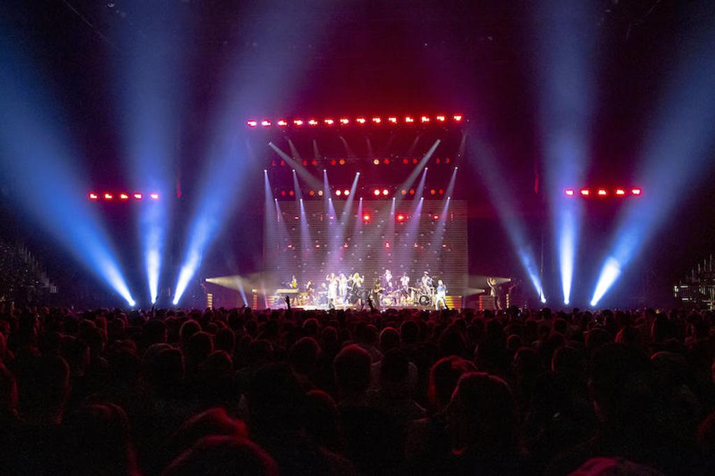 Bühne mit Lichtdesign