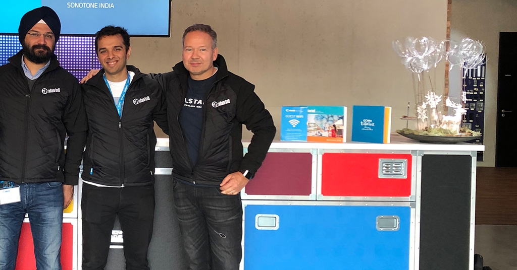 Markus Jahnel (rechts) und das Team von Stage Mix Technologies