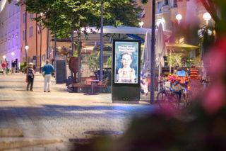 Displaystele in der Fußgängerzone Kufstein