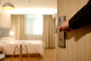 Hotel-Zimmer-Tür