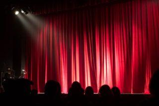 Theater-Besucher-Teilnehmer-Veranstaltung