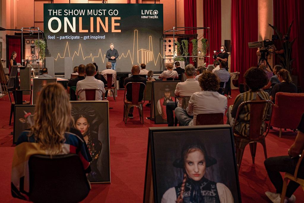 TheShowMustGoOnLine-Event
