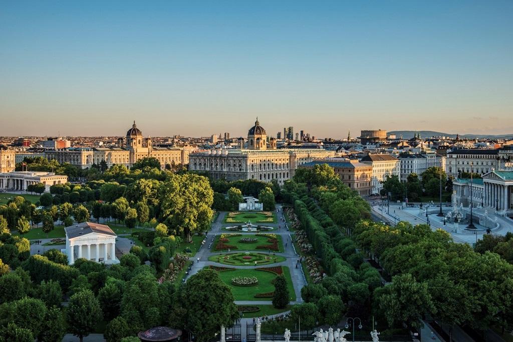 Wien_Volksgarten_Museen_Parlament