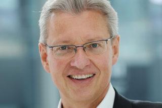 Dr. Roland Fleck