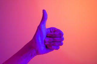 daumen-hoch-positiv-optimistisch