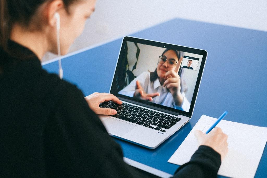 online Meeting-Besprechung-Moderation